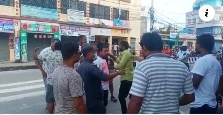 Reporter manhandled for publishing news